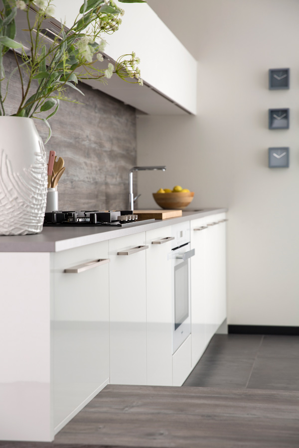 Modern kitchen high gloss white detail