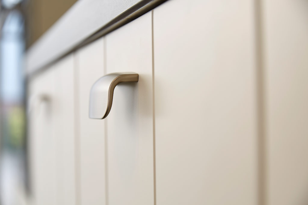 handles for kitchen doors