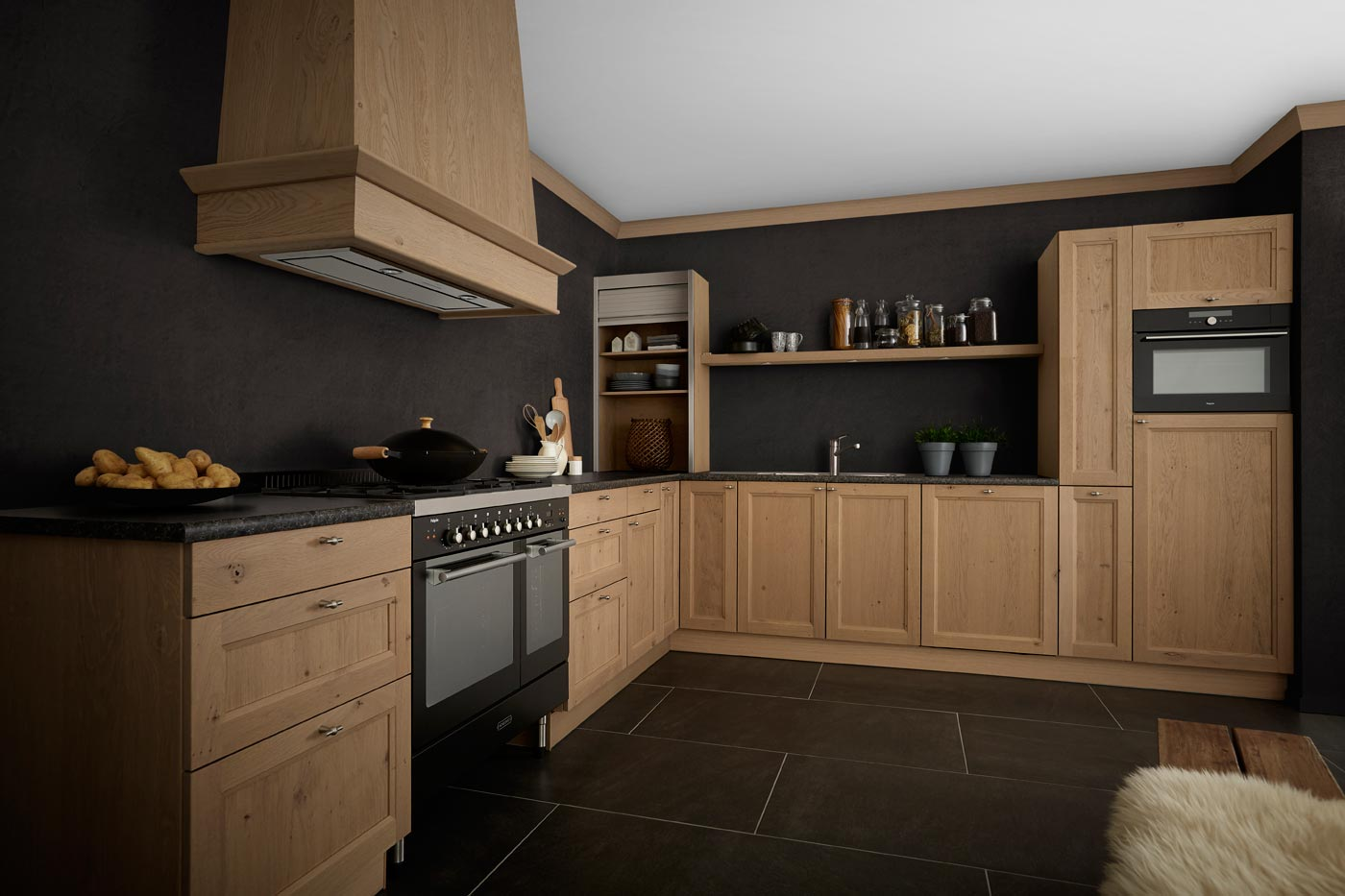 Countryside wooden kitchen Leybourne grey